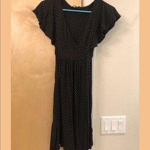 Ruffle sleeve tie dress, black and cream